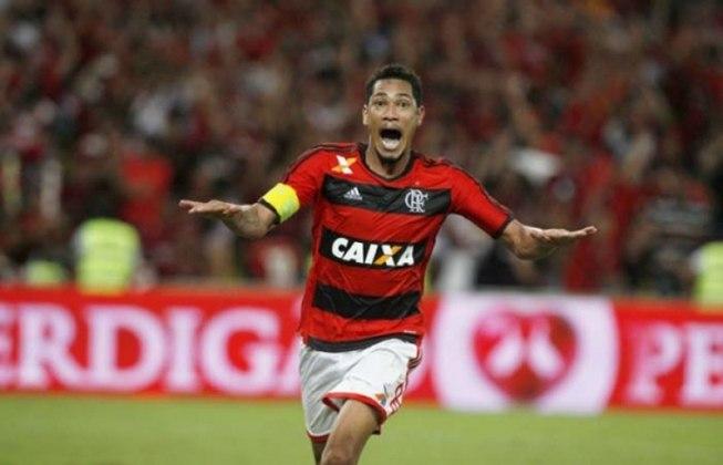 2013 – Hernane (Flamengo): 12 gols