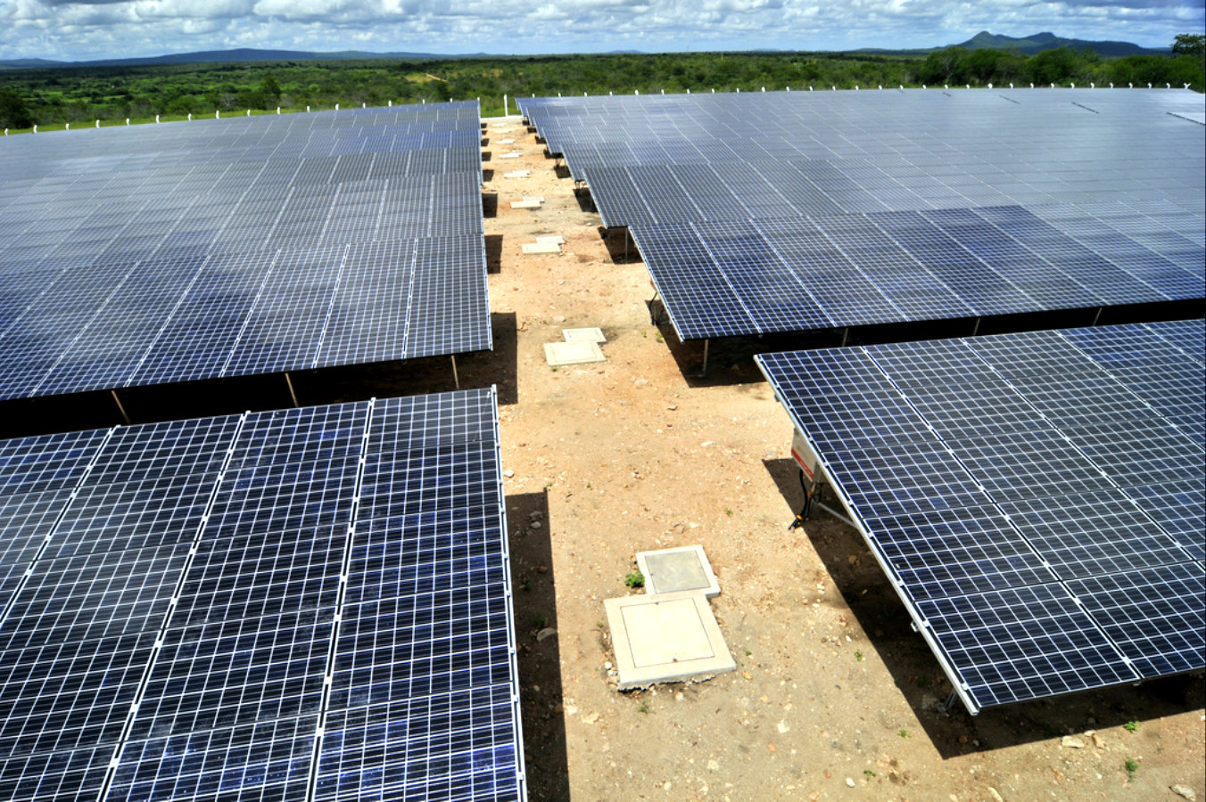 Painéis fotovoltaicos devem atender 13% das residências em 2050