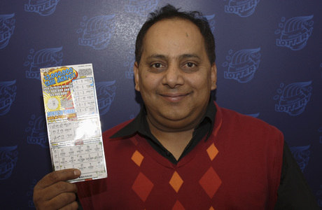 Um dia depois do cheque com o prêmio ser emitido, Khan morreu, sem ter coletado o dinheiro