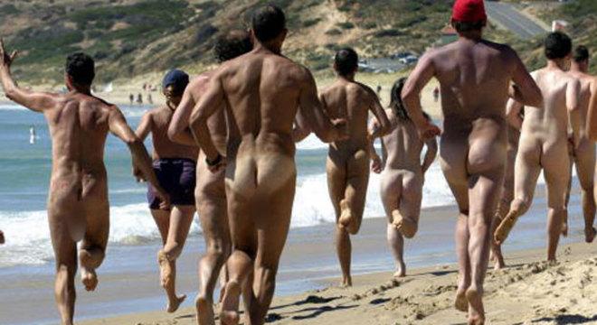Maratona também é uma das prvas das quais competem os nudistas na praia de Maslin na Austrália, durante as Olimpíadas Nudistas
