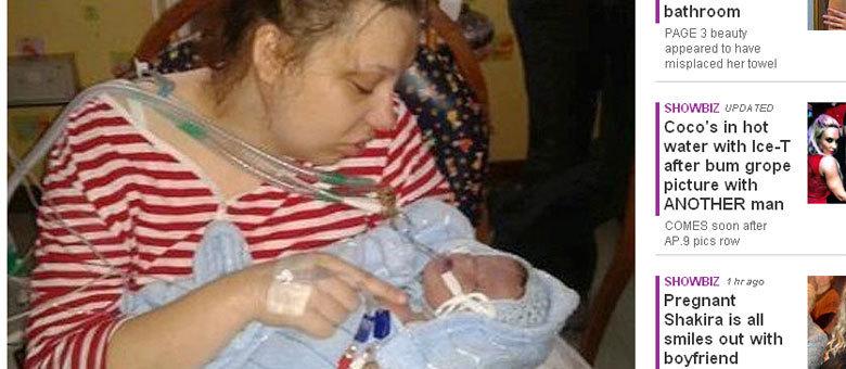 Katyia Rowe ficou com o filho Luciano nos braços por apenas nove horas e garante que não se arrepende de ter recusado o aborto
