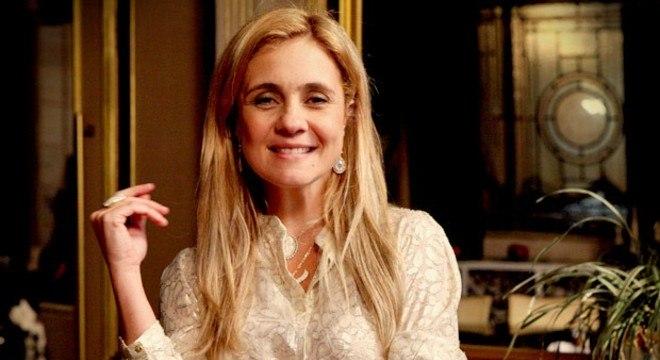 Intérprete da vilã, Adriana Esteves ainda não confirmou presença no desfile da São Clemente