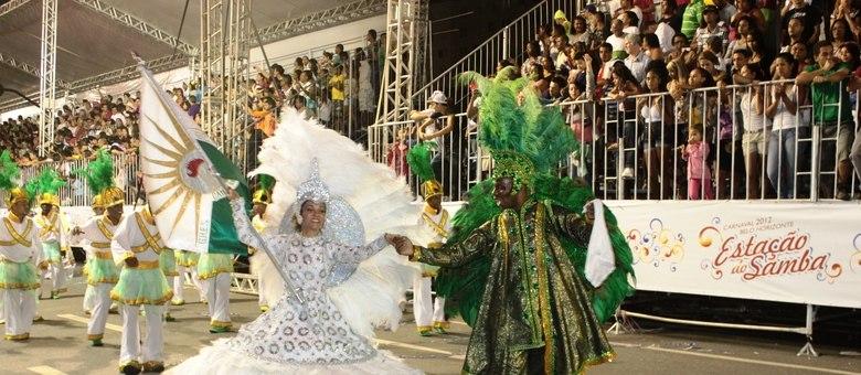 Canto da Alvorada foi campeã no Caarnaval de 2012