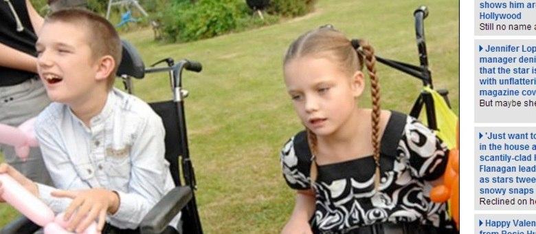 John Philpott e sua irmã Bridie receberam o diagnóstico havia oito anos