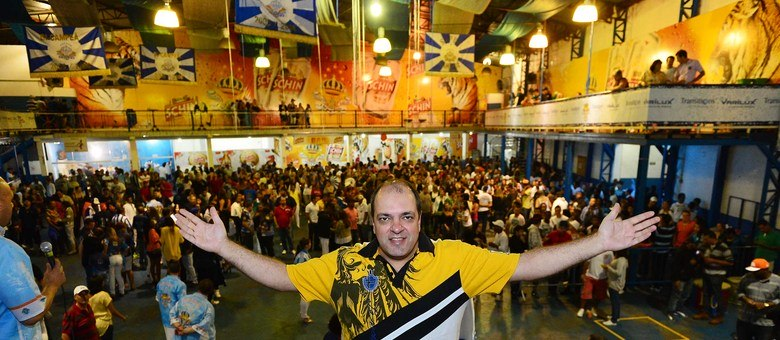 """Marcelo Casa Nossa acredita que as escolas estão exagerando: """"Não existe nota 11"""""""