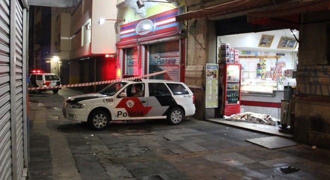 Homem morre executado em um bar no centro de São Paulo, nesta sexta-feira (25)