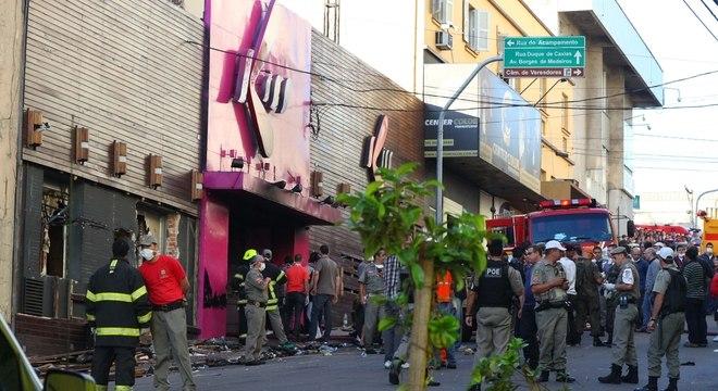 Incêndio em boate em Santa Maria (RS) deixou ao menos 231 pessoas mortas