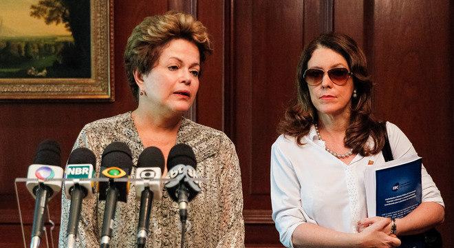 No Chile, Dilma dá entrevista e diz que voltará ao Brasil ainda neste domingo