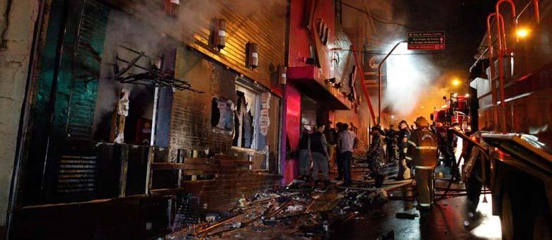 """""""Foi a pior tragédia que eu presenciei"""", diz coronel Guido Pedroso de Melo, sobre incêndio na boate Kiss"""
