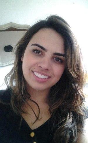 A jovem Michele Cardoso, de 20 anos, não sobreviveu ao incêndio