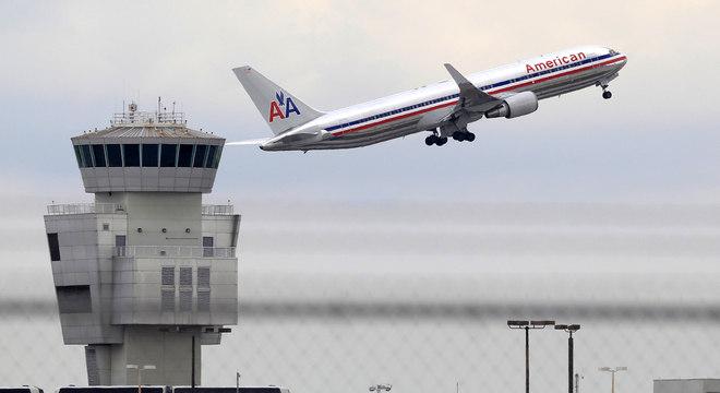 Boeing 767 da American Airlines, semelhante ao que fez um pouso de emergência em Porto Rico