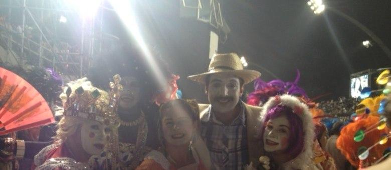 O ator Junior Paliliunas conta que fez pesquisas para aperfeiçoar seu desempenho na avenida