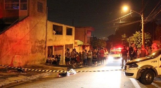 Mulher reage a assalto e é assassinada com dois tiros na zona leste de São Paulo, na noite desta quarta-feira
