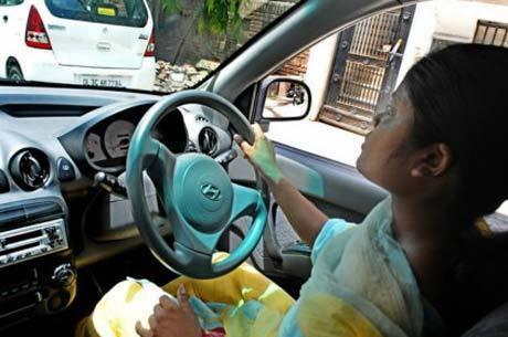Negócio cresceu após estupro coletivo em Nova Délhi em dezembro