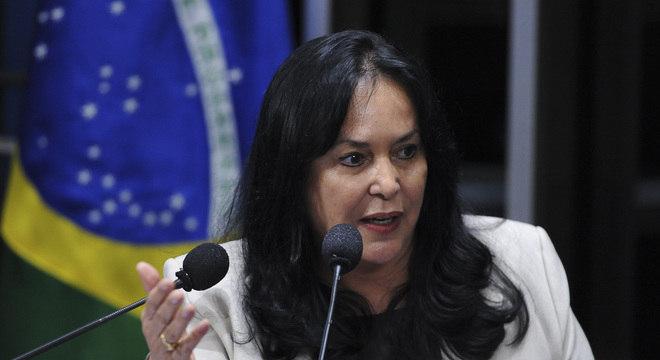 A senadora Rose de Freitas (Podemos-ES)