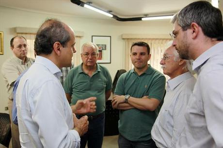 Gustavo Fruet (à esq.): prefeitura quer garantir que haverá investigação