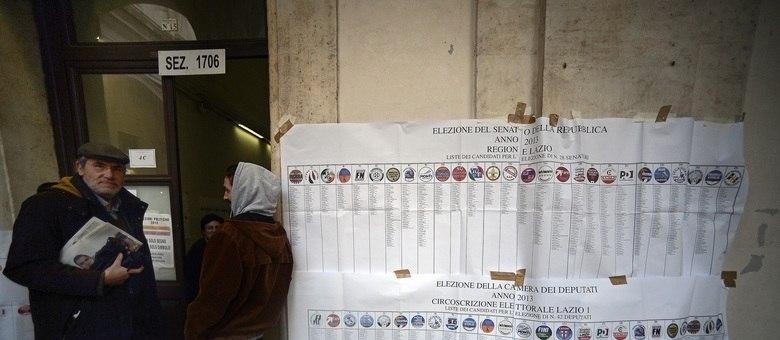 De acordo com ministério do Interior ihtaliano, a taxa de participação  este ano está abaixo do registrado nas eleições gerais de 2008