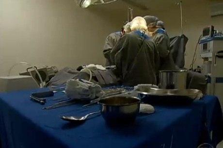 Em média, oito pessoas morrem em cirurgias plásticas no Brasil todos os anos