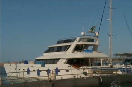 Embarcação saiu de Santos (SP) e ia para o Caribe