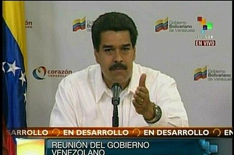 Vice-presidente, Nicolás Maduro, pediu à população que tenha confiança