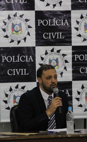 Delegado Marcelo Arigony detalhou a investigação durante entrevista coletiva na tarde desta sexta