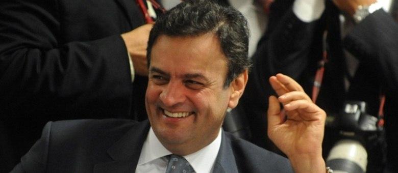 Para o senador, todos os problemas no PSDB são menores do que as divisões na seara petista