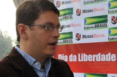 Membros do partido discordam das opiniões de Salles