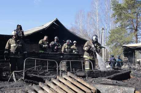 Apenas dois pacientes conseguiram sobreviver ao incêndio