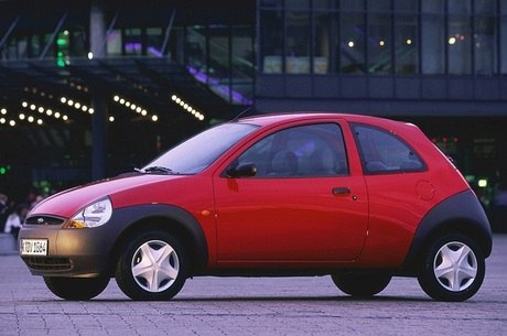 Primeira geração do Ka marcou os anos 90 com o estilo New Edge