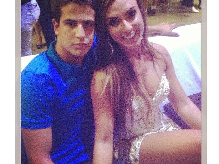 67c94c9567913 Neymar tem outra  Namoro de Enzo e Nicole chegou ao fim  Confira as  polêmicas da semana teen - Fotos - R7 Jovem
