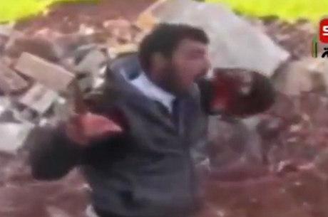O Exército Sírio Livre disse que tentará determinar se o rebelde que aparece no vídeo é membro do grupo