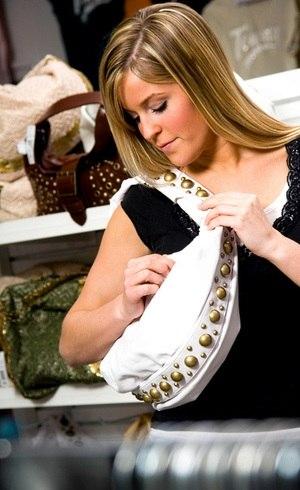Pesquisadores sugerem higienizar bolsa