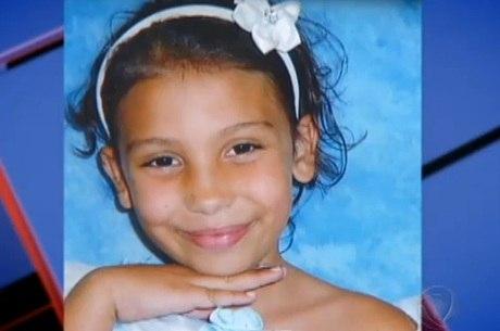Angélica (foto) tinha diversas perfurações no corpo, hematomas e sinais de violência sexual