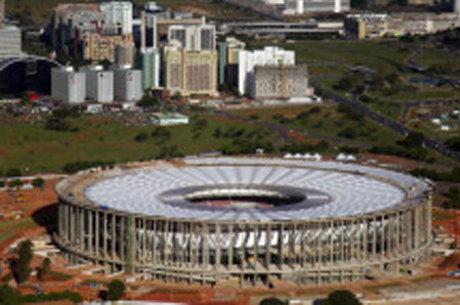 Estádio Mané Garrincha teria rendido propina a dois ex-governadores