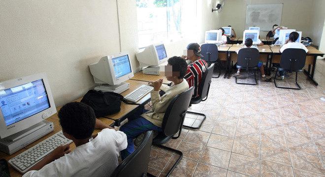 Prefeitura de SP reabre unidades do Telecentro a partir de hoje de forma gradual