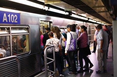 Tarifa do Metrô, trens da CPTM e ônibus vão subir no próximo dia 2