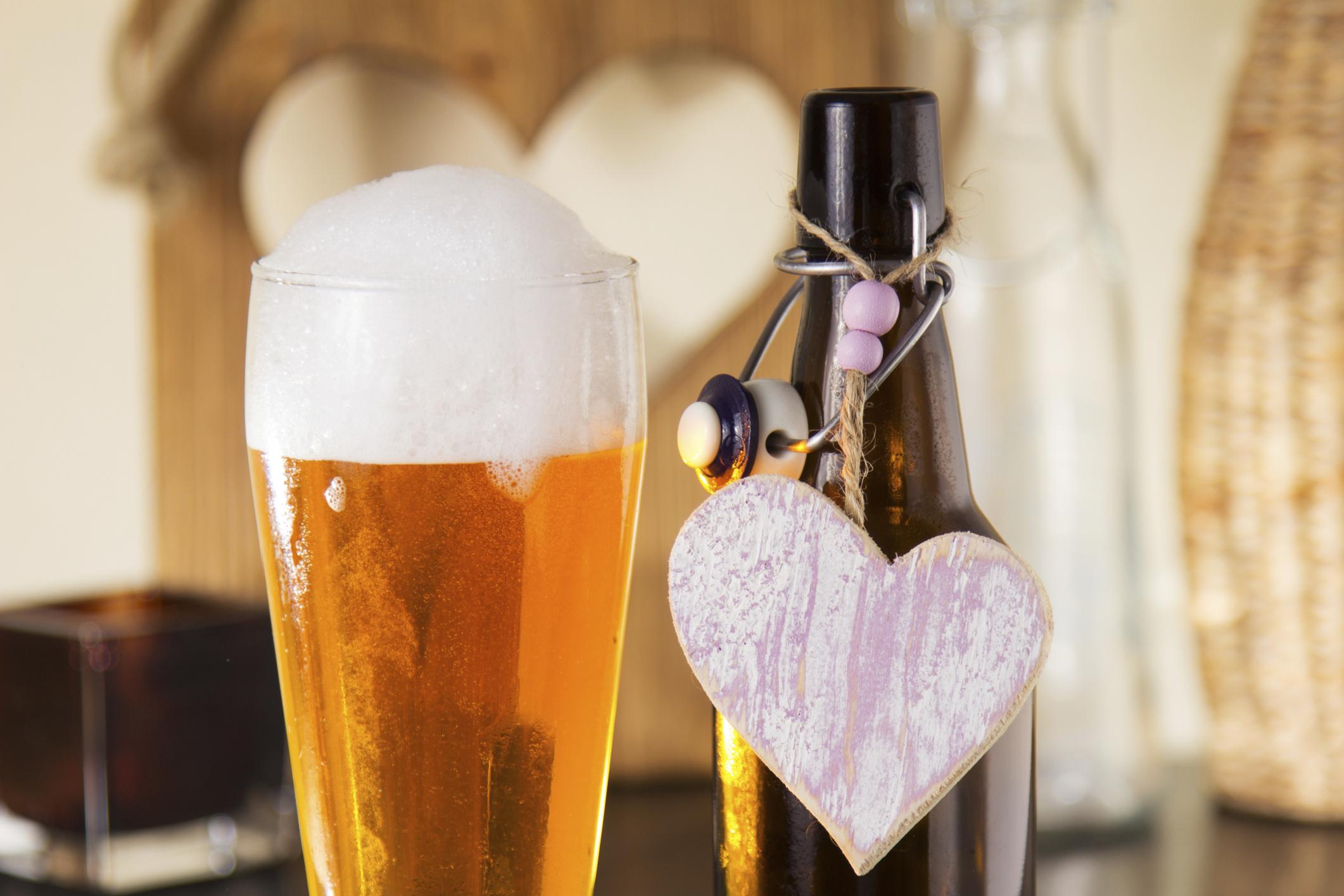 4c4c1d7ff ... Para Sérgio, não existe um tipo obrigatório de cerveja para festas de  casamento, como ...