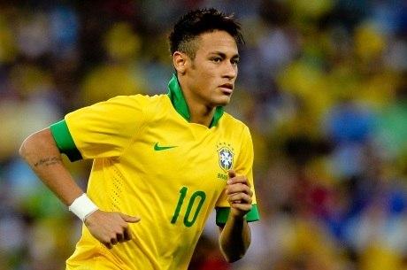 Neymar é confirmado com a camisa 10 da seleção na Copa das ... b8f4623005c5a