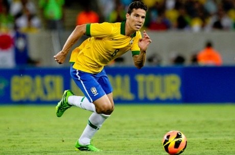 Jogador atuou nos amistosos contra Itália, Rússia e Inglaterra