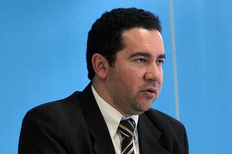 Oliveira afirma que diversos setores da sociedade têm mostrado mais confiança na melhora do cenário econômico brasileiro