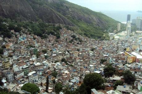 Violência na Rocinha assustou moradores na madrugada de sexta
