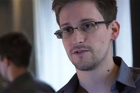 Edward Snowden é procurado por vazar informações sobre os EUA