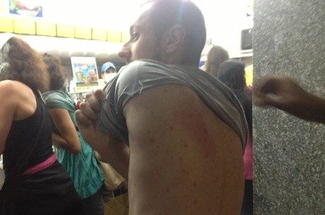 Repórter foi agredido durante manifestação