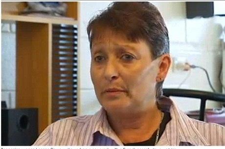 Após acidente de carro, australiana fala com sotaque francês