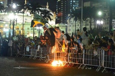 Sexto ato foi marcado por vandalismo e confrontos no centro de SP