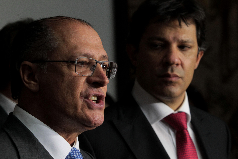 Haddad vai sofrer ônus político incalculável por demora em reduzir tarifa, diz analista