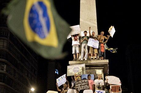 Manifestações assustam delegações europeias no Brasil