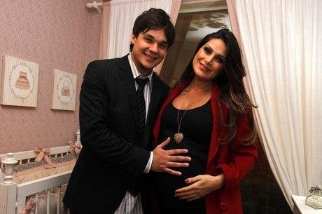 Nascem os gêmeos de Natália Guimarães e Leandro, do KLB