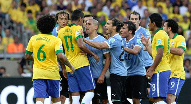 Brasil e Uruguai fizeram uma semifinal truncada no Mineirão