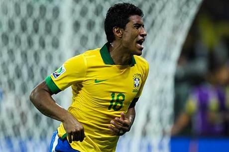 Seleção de Felipão, no entanto, não encontrava o caminho do gol. Paulinho ajudou a achar e pôs o Brasil na decisão